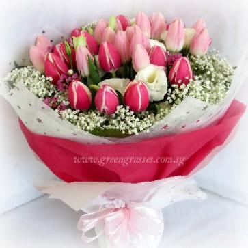 HB20016-LORW-36 Mix Pk Tulips Hand Bouquet