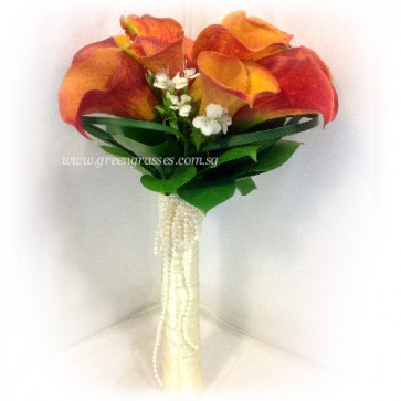 WB13029-PWP-10 Orange Calla Lily hand bouquet