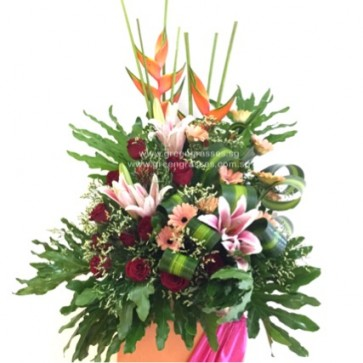 CY15022 Opening Floral Stand