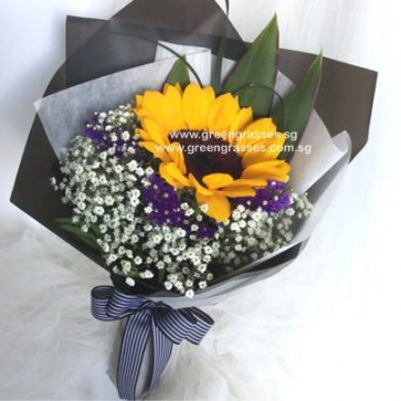 HB05040-LSW-1 Sunflower hand bouquet
