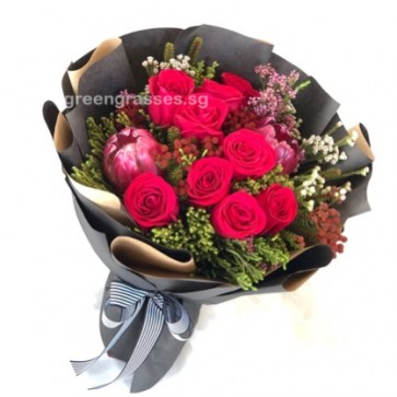 HB08811-ORW-9 Red Roses w/Wild Flowers Hand Bouquet