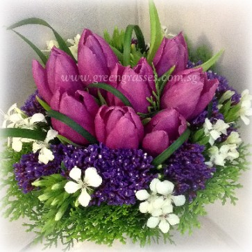 WB10058-ROM-9 Purple Tulip hand bouquet