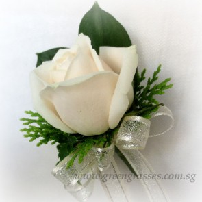 CG01009-Corsage-1-Plain Cr/Wh Rose