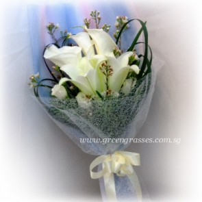 HB09049-LSW-2 Wh Lily+3 Wh Calla