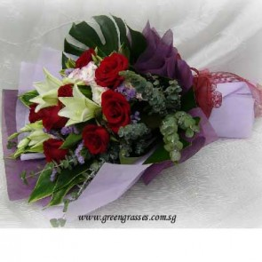 HB09811-LSW-3 Lily+9 Red Rose