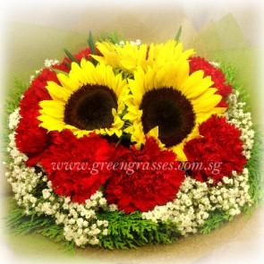 HB09818-LGRW-3 Sunflower+9 Red Carnation