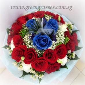 HB12705-LLGRW-21 Rose(18 Red+3 Ecuador Blue)
