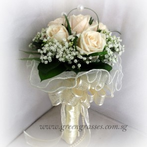 WB08610D(Bridal)-ROM-Wedding-6 Wh Rose w/Pearl Grass