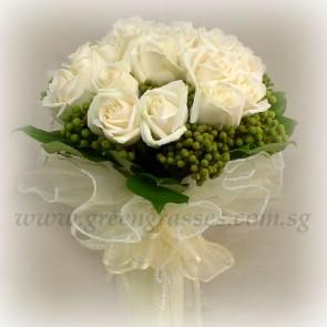 WB11823 ROM-18 White Roses