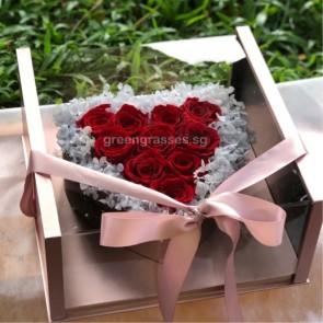 BXP15028-10 Red Roses Everlasting Preserved 永生花 in Heartshape Box