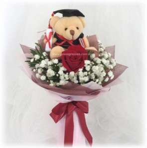 "GRHB04314-GLSW-1 Red Rose w/4"" Graduate Bear"
