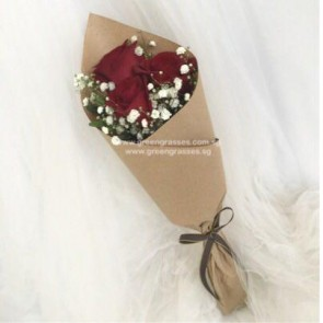 HB04042-KW-3 Red Rose hand bouquet
