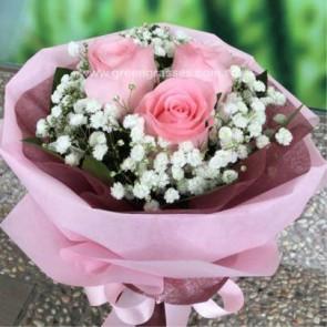 HB04519-LGRW-3 Pk Rose hand bouquet