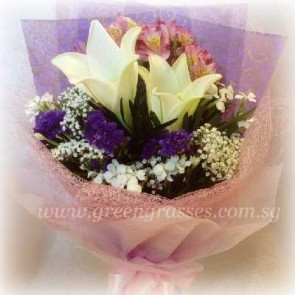 HB06507-LSW-2 Lily hand bouquet