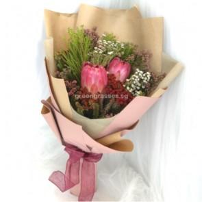 HB07078-LSW-Wild Flowers hand bouquet