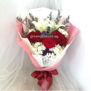 HB07310-GLSW-2 Wh Lily+3 Red Rose