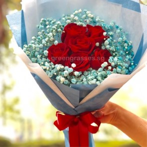 HB07546-SW-6 Red Rose w/Blue Baby's Breath