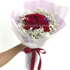 HB07581-BOQ-10 Red Rose hand bouquet