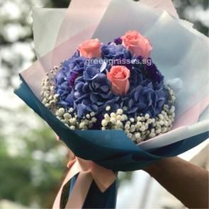 HB09024-GLSW-1 Hydrangea+3 Pk Roses